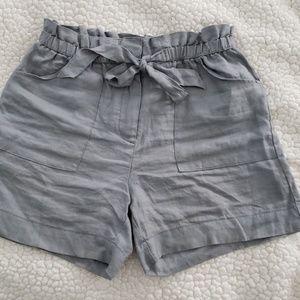 Paper bag waist linen shorts